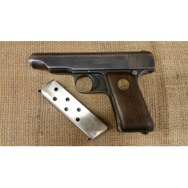 DW Ortgie pistol 380cal.