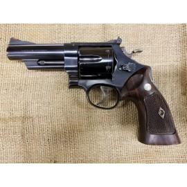 Smith and Wesson Model 29 no dash