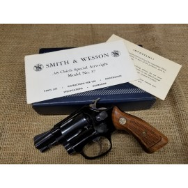 Smith and Wesson Model 37 Airweight w/Box