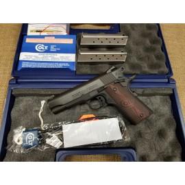 Colt Lightweight Commander 9mm