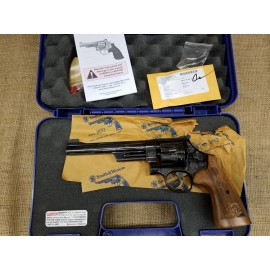 Smith and Wesson Model 27 Classic Engraved w\ box